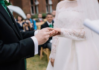 Arti Mimpi Menghadiri Pernikahan Orang Yang Tidak Dikenal