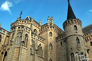 Palacio Episcopal de Astorga diseñado por Garudí
