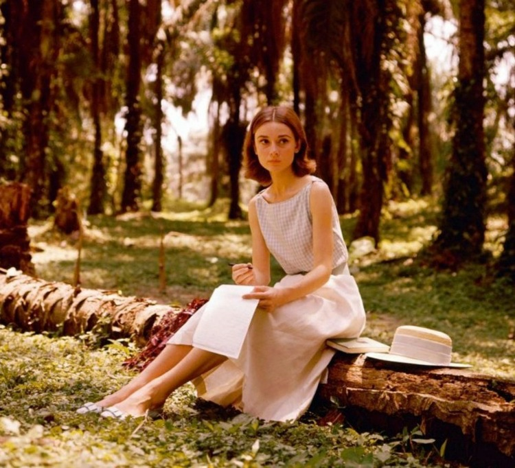 A Vintage Nerd, Audrey Hepburn, Old Hollywood Letter Writing, Vintage Blog