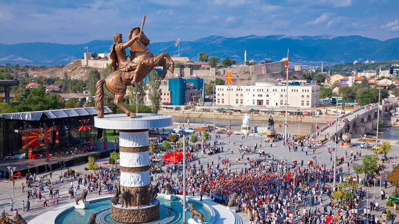Σκόπια: Το ψέμα έχει κοντά ποδάρια