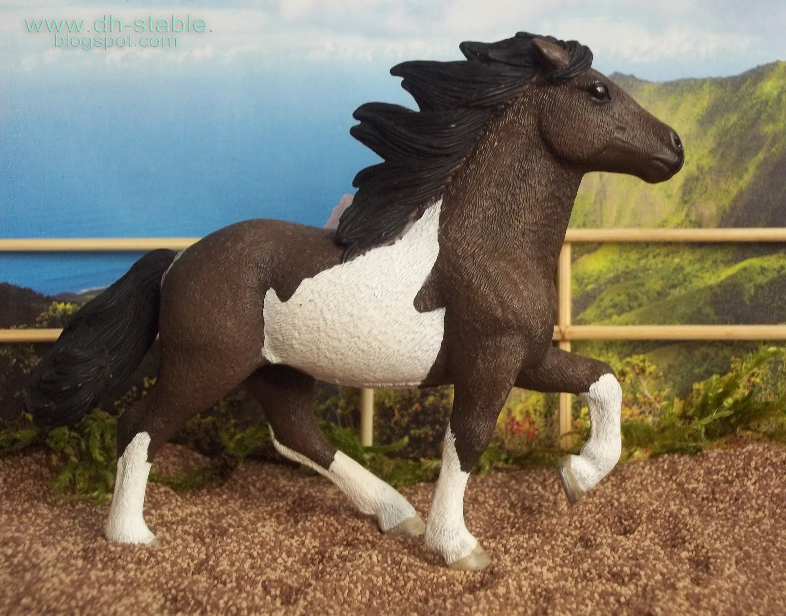 Arte Replay Mustang Dh Stable Modelli Di Cavalli Breyer Collecta Stone Modellini
