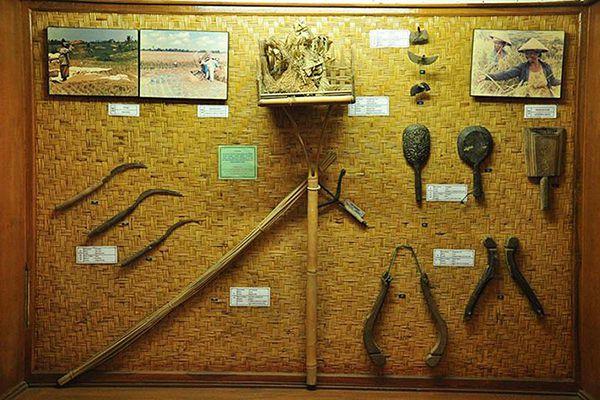 Koleksi peralatan pertanian museum subak, Bali