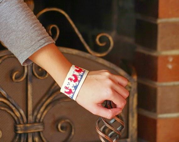 Cross stitch bracelet, embroidered bracelet, Ukrainian embroidery