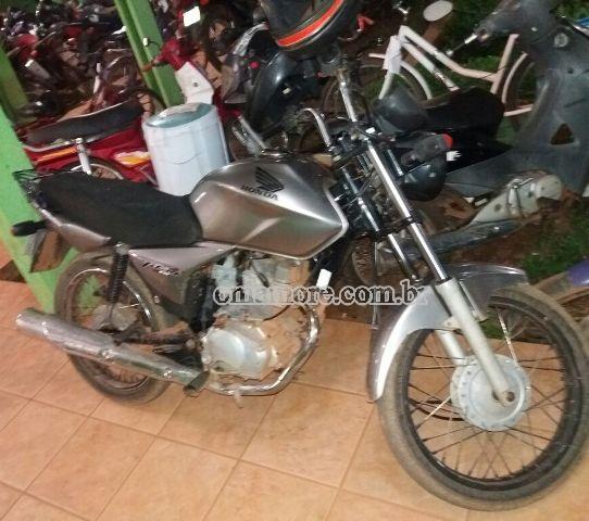 PM recupera motocicleta às margens do rio Mamoré e 05 são conduzidos para Delegacia