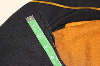 TNG skant - zippers and closures