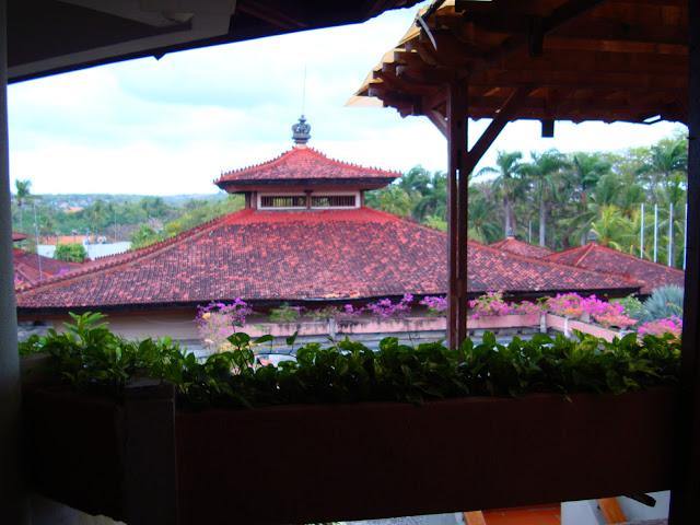 Фото крыши отеля, остров Бали