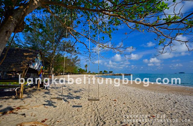 pantai-rambak-di-kota-bangka-belitung