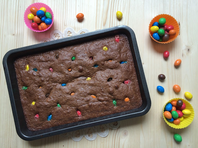 brownie de M&M receta