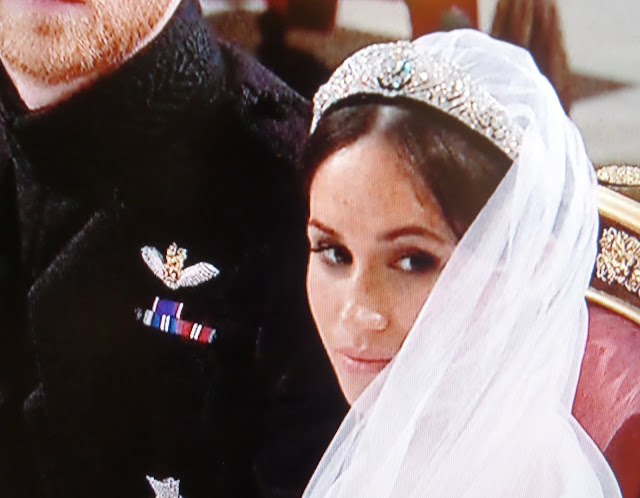 meghan markle tiara and veil
