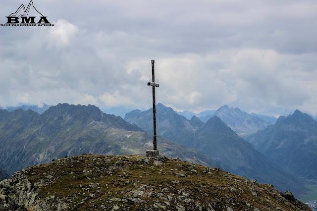 wanderung-ischgl paznaun-wandern best-mountain-artists