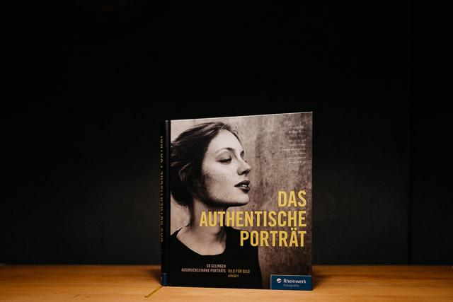 Bessere Porträts durch besseres Mindset | Sachbuch-Tipp des Monats für Fotografen