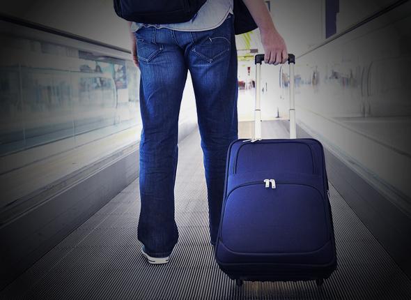 tas traveling menggunakan pesawat