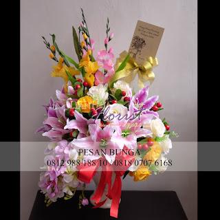 toko bunga dijakarta utara, flower advisor, toko bunga plastik, jual bunga meja plastik, madame florist, jual bunga meja jakarta utara,
