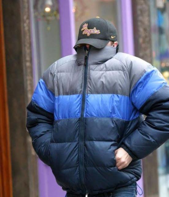 Quiso escapar del paparazzi y DiCaprio termina en Photoshop