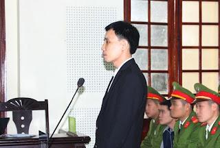 """""""ỦY BAN BẢO VỆ QUYỀN LÀM NGƯỜI"""" cổ xúy cho những kẻ vi phạm pháp luật Việt Nam"""