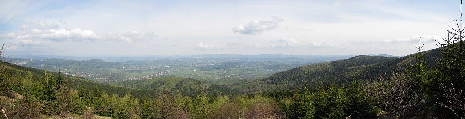 Panorama ze stoku Skalnego Stołu.
