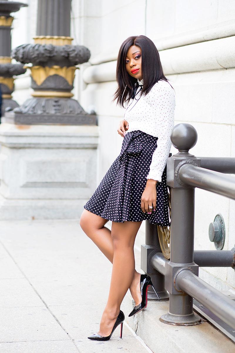 Polka dot blouse, mixing polka dot, trench coat, www.jadore-fashion.com