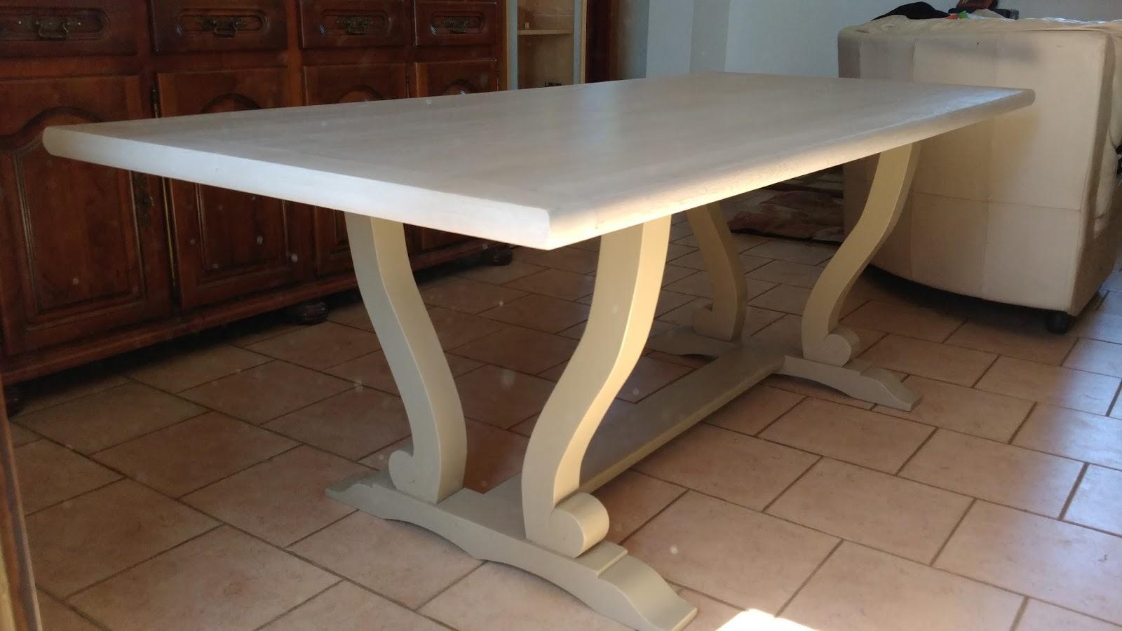 super relooker une table en chene massif us49 montrealeast. Black Bedroom Furniture Sets. Home Design Ideas