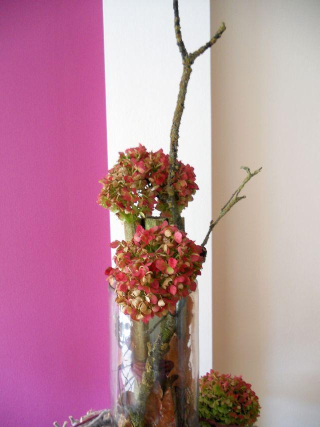 pader deko perle herbstdeko basteln mit hortensien naturmaterial. Black Bedroom Furniture Sets. Home Design Ideas