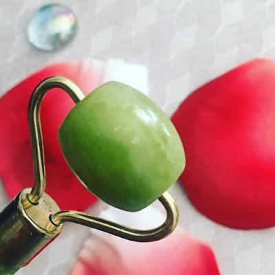 rodillo de jade, cuarzo rosa, piedra gua sha, gua sha,