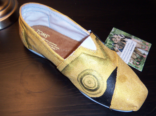 80c89c49b42e94 ... are completely hand painted. TOMS have become extremely popular over  the years