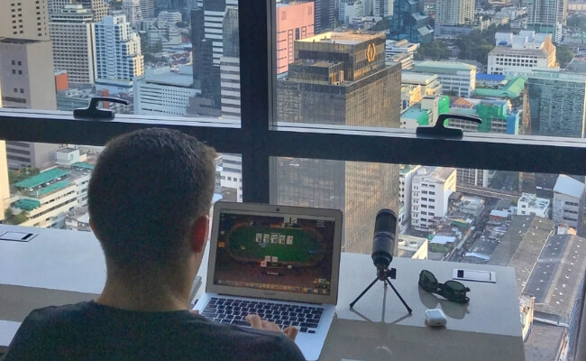 How to Become a Poker Pro in 2019