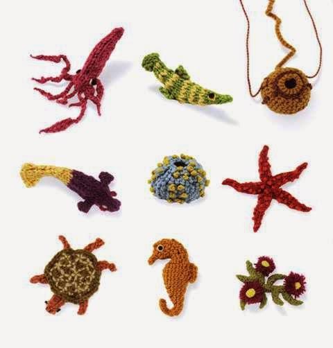 Tutorial uncinetto Polpo Amigurumi | Crochet necklace, Crochet ... | 502x480
