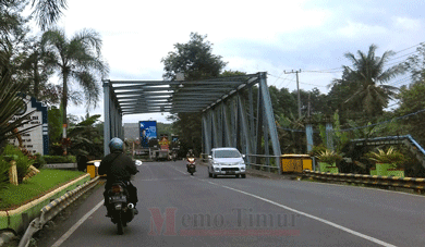 Jembatan Bondoyudo