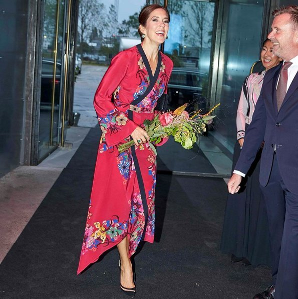 Crown Princess Mary wore ETRO fluorite printed silk-chiffon dress. The Crown Princess wore a fluorite printed silk dress by Etro