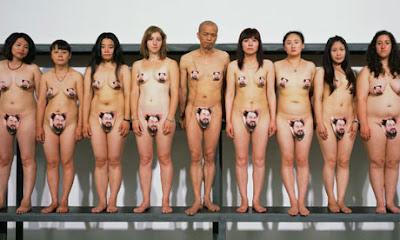 friends-women-naked