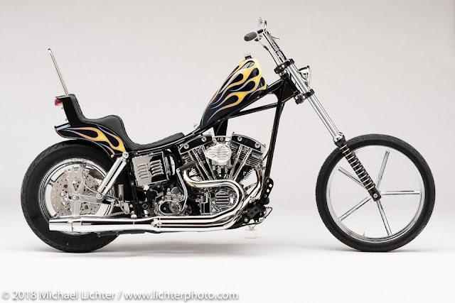 'Foxy Lady' uma moto personalizada (custom bike) construída a partir de uma Flame 1979 FLH Shovelhead