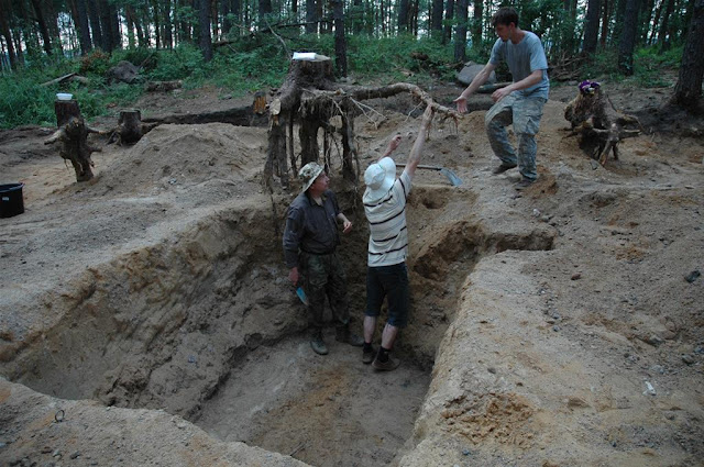 Barrow grave of 'princess' unearthed in Poland