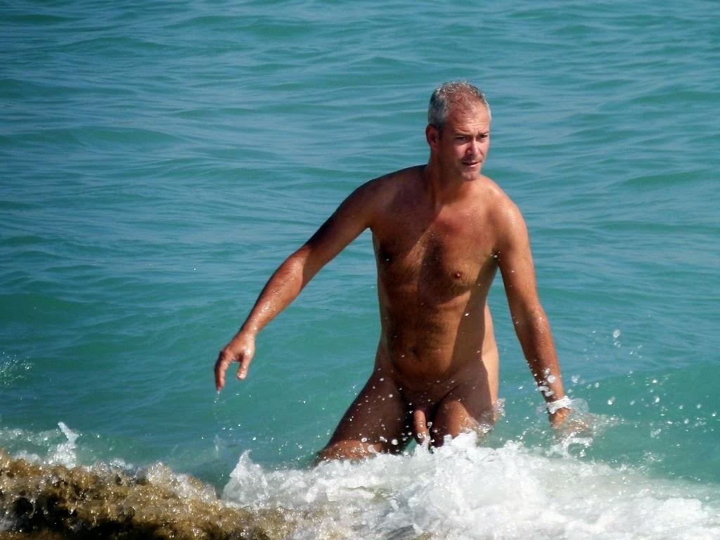 Spy Cam Dude Nude Beach Hot Guy-3044