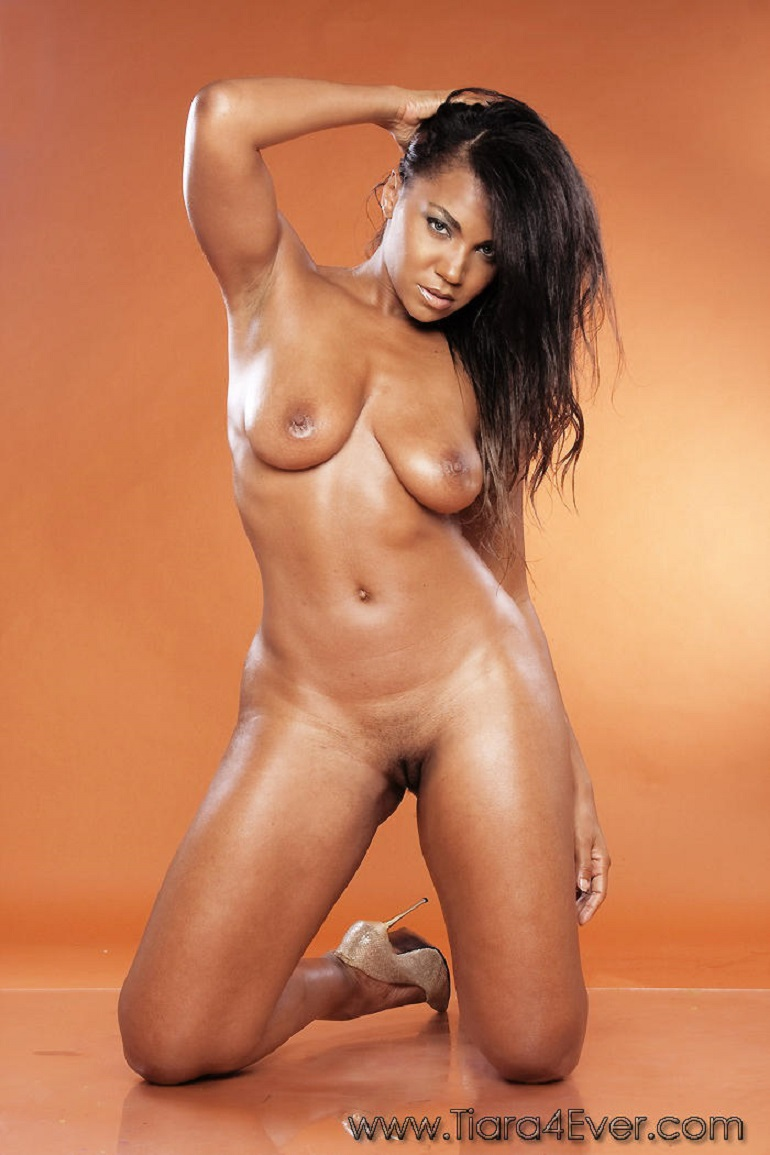 Young Ebony Nude Pics