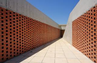Muro  perimetral de ladrillo