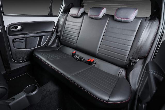 VW Up! TSI 2018 Pepper - espaço traseiro