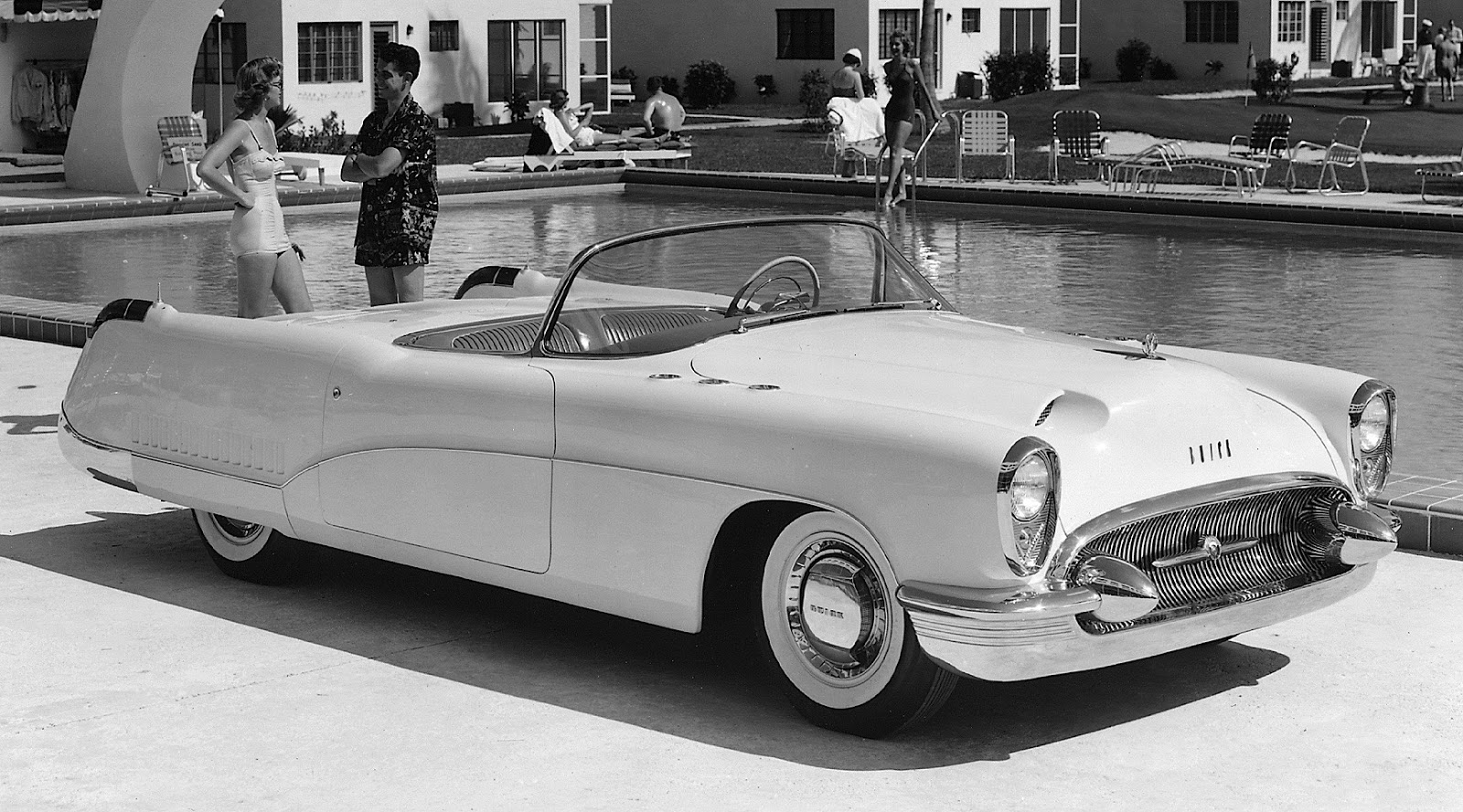 Car Style Critic 1953 Buick Wildcat Concept 1951 Skylark Convertible For Sale This Also Carried A Sweepspear Extension That Flows Over The Opening Feature Already In Production On Convertibles