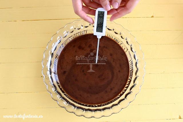 Receta Cobertura Espejo de Chocolate