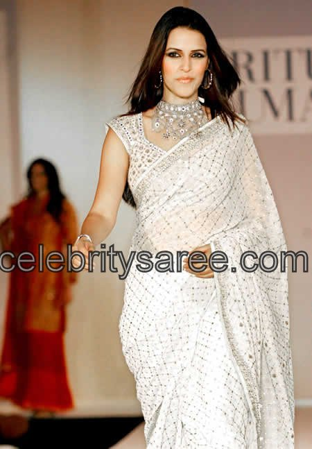 Neha Dhupia In Mirror Work Saree Saree Blouse Patterns