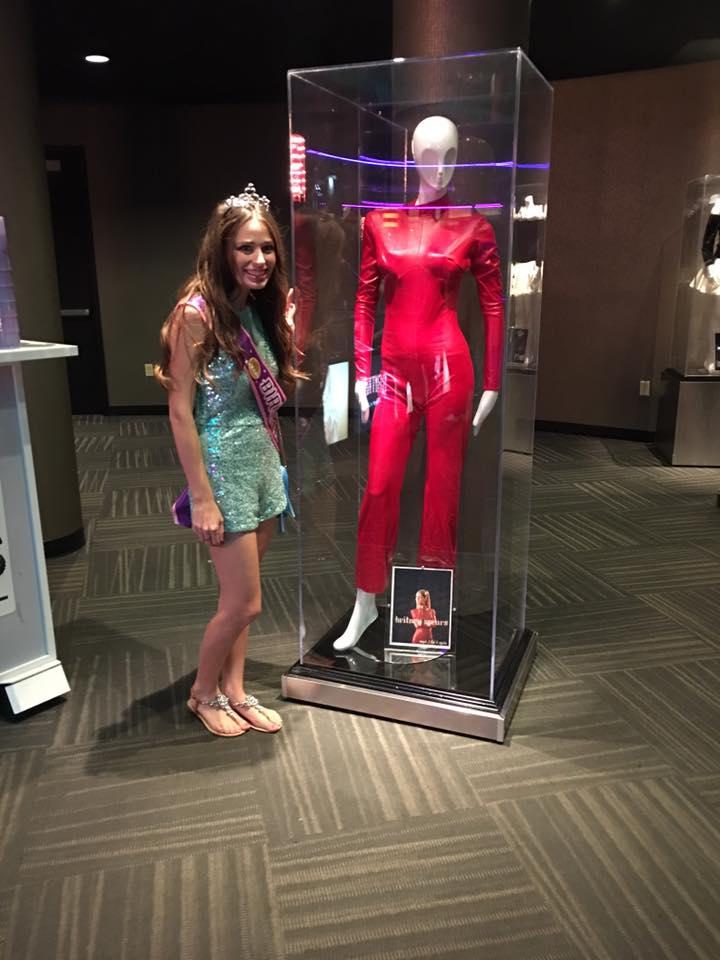 Britney Spears Piece Of Me Las Vegas Concert Recap Southern