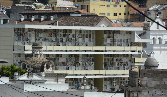 Quito cemetery