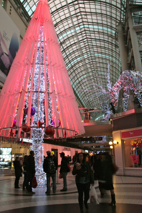 Toronto Fun Places: Eaton Centre's new Christmas decorations