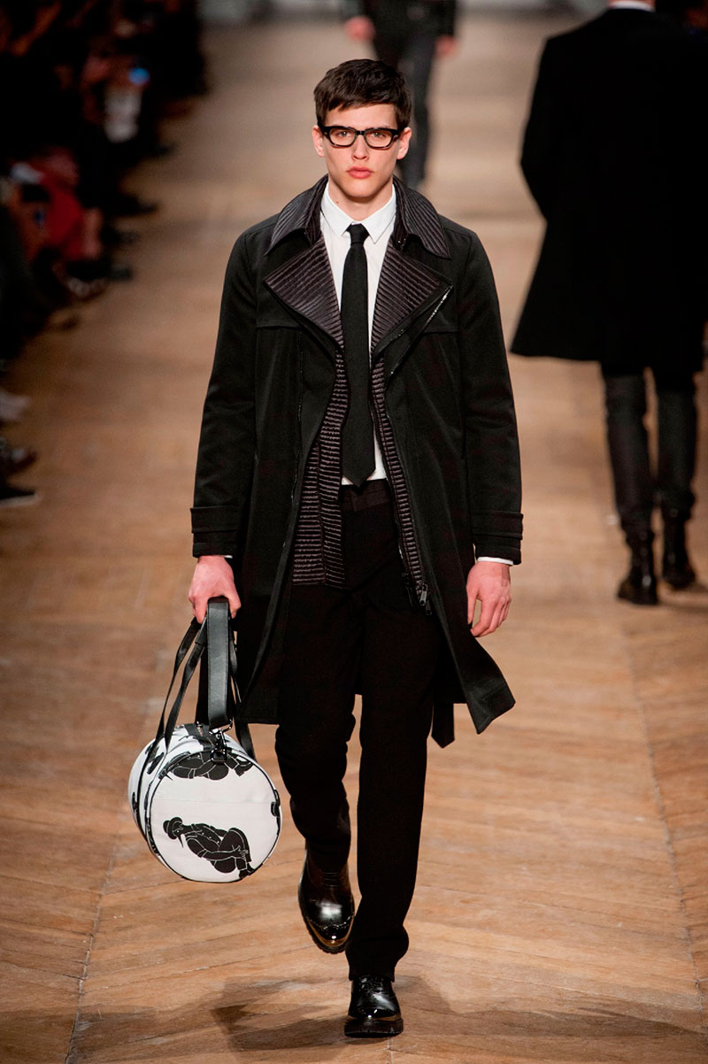 Viktor Rolf Fall 2016 Couture Fashion Show: Viktor & Rolf Fall/Winter 2013 Collection