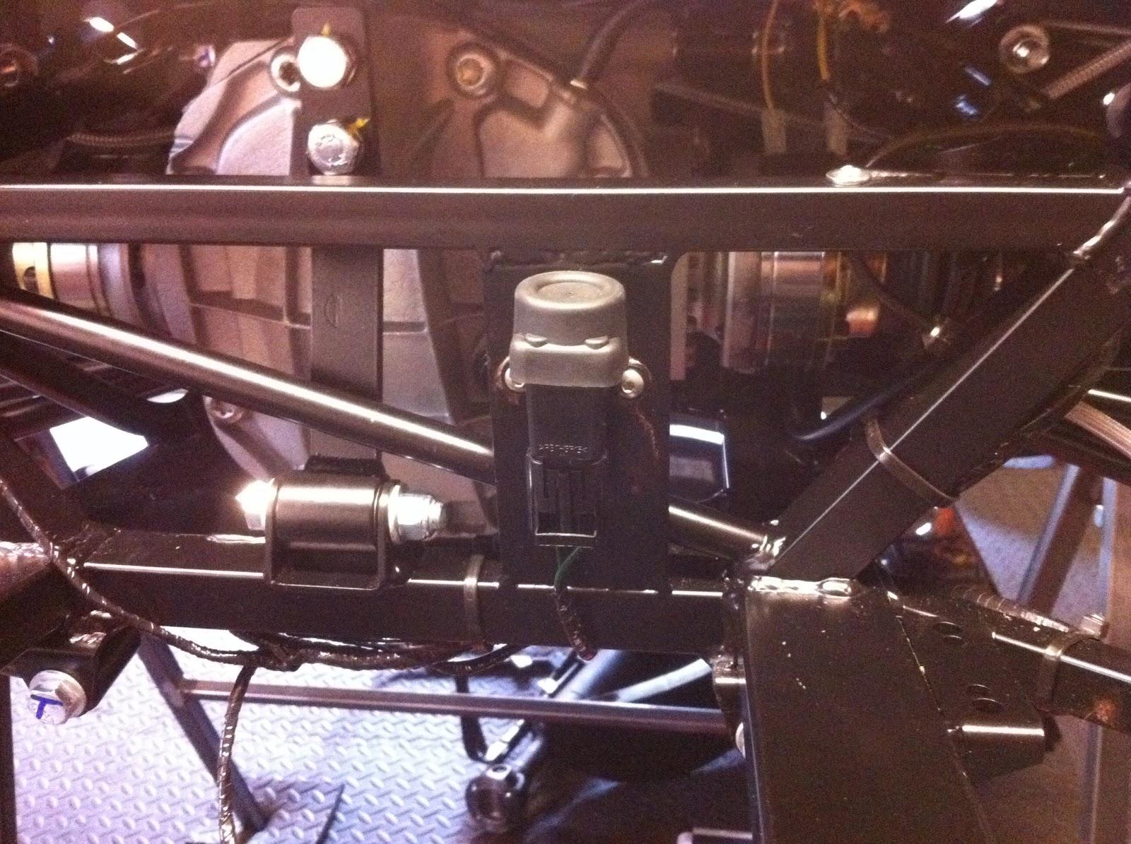 Fuel tank & pump | Build a Megabusa