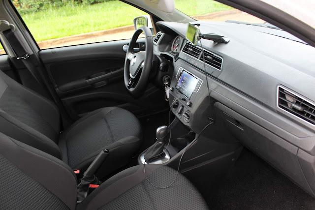 VW Voyage 2019 1.6 Automático - interior
