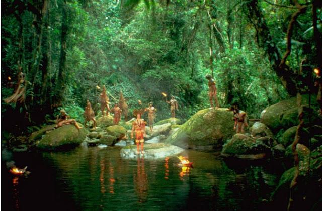 Scène de La forêt d'émeraude réalisé par John Boorman (1981)