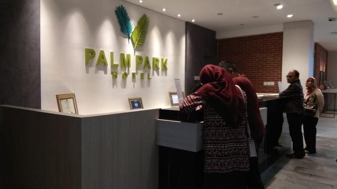 Palm Park Hotel Surabaya: Stylish Hotel Yang Terkoneksi Dengan KAZA City Mall
