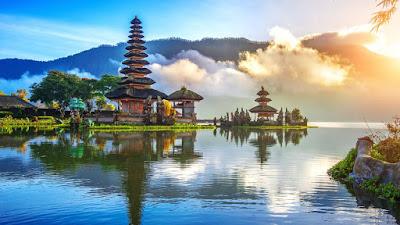 Tari Jauk, Balinese dance, Bali, Hindu temple, Jauk dance, Balinese culture,