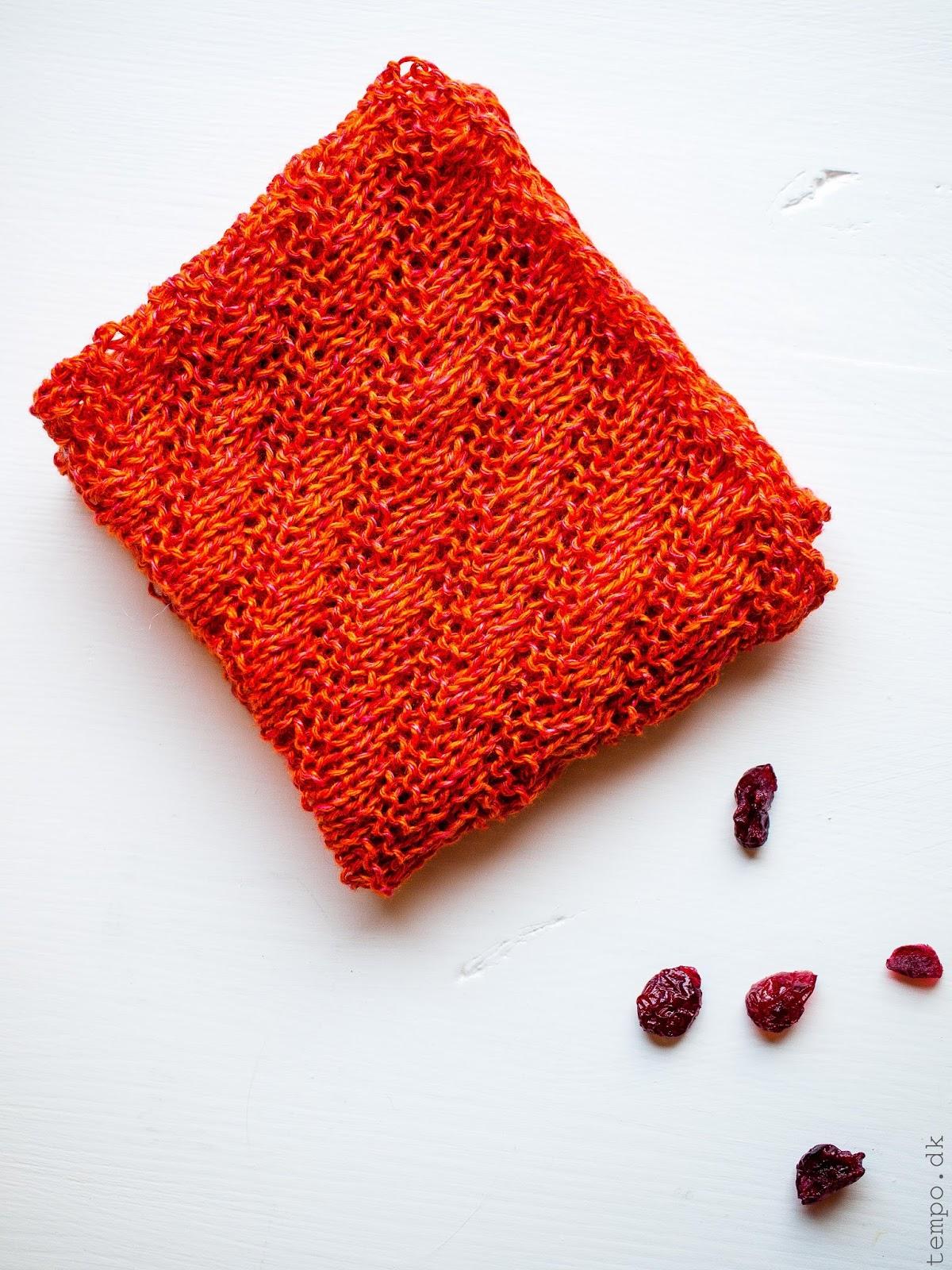 Orange klud i hør med diagonalmønster