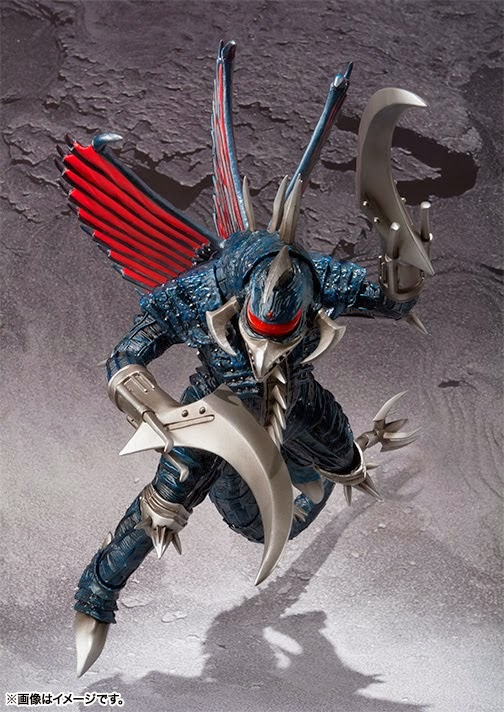 The Kaiju Planet: S.H. MonsterArts Gigan 2004 Promo Images